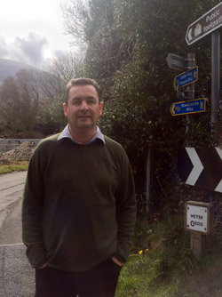 Newcastle Councillor Willie Clarke has called on car users to respect the residents at a Tullybrannigan right of way.