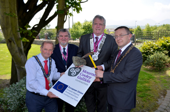 Newry nd Mourne Mayor John McArdle (Newry and Mourne District Council), Cllr John Hanna (Banbridge District Council), Cllr Finnan McCoy Chairman of Louth County Council and Cllr Michael Coogan Chairman of Down District Council help launch the Geotourism Project.