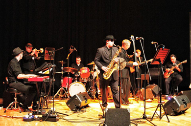 Celtic Soul from Armagh are to play in a tribute to Van Morrison at Down Arts Centre.