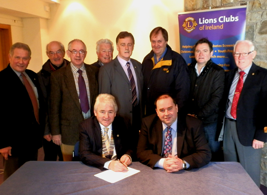 The Downpatrick Lions have signed the petition for a full 24/7 cover at the Downe Hospital.