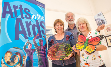 Alderman Deborah Girvan discusses the future of the Arts in North Down and Ards with local artists Kenny Devon & Bernice Anderson who facilitate Creative Classes as part of the Council's Art Programme.