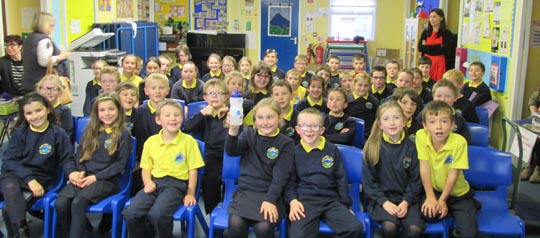 P4 and % pupils at the Drumlins Integrated Promary School in Ballynahinch pictured during an H2O session. .