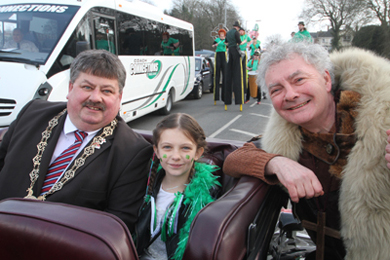 St Patrick chats to Down Council Chairman Cllr Billy Walker and his grand-daugher Rianna McKeever.