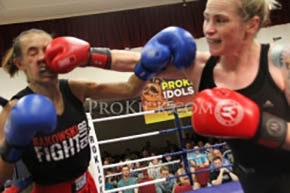 Samantha Robb land a right jab.