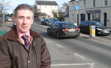 Residents in Dundrum are up in arms about the speed of trafffic moving through the village. Councillor Patrick Clarke is seeking a meeting with the PSNI.