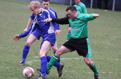 Philip Traynor makes another attack for Kilmore Rec against the Malachians.