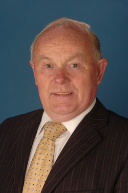 Strangford Assemblyman Kieran McCarthy has supported the call to re-examine dental health policy.