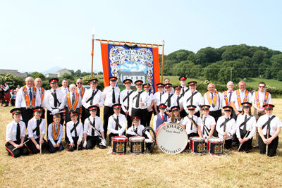 The Cahard Flute Band with Cahard LOL 551