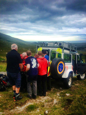 The MMRT quick on the scene to help an injured walker on Mount Binnian.