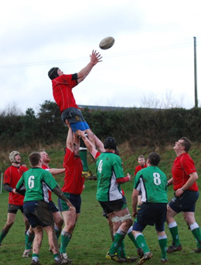Michael Davidson takes a lineout.