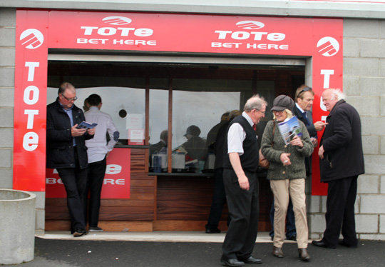 The Tote was well supported on opening tday with the added introduction of the new digital feedback system making payments and information very quick.