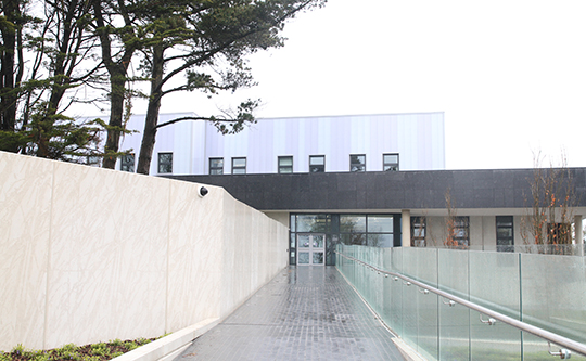 The front entrance to the new Downpatrick police station.